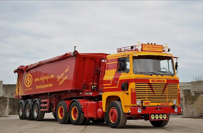 Scania LB 111 et 141. Dsc-0910