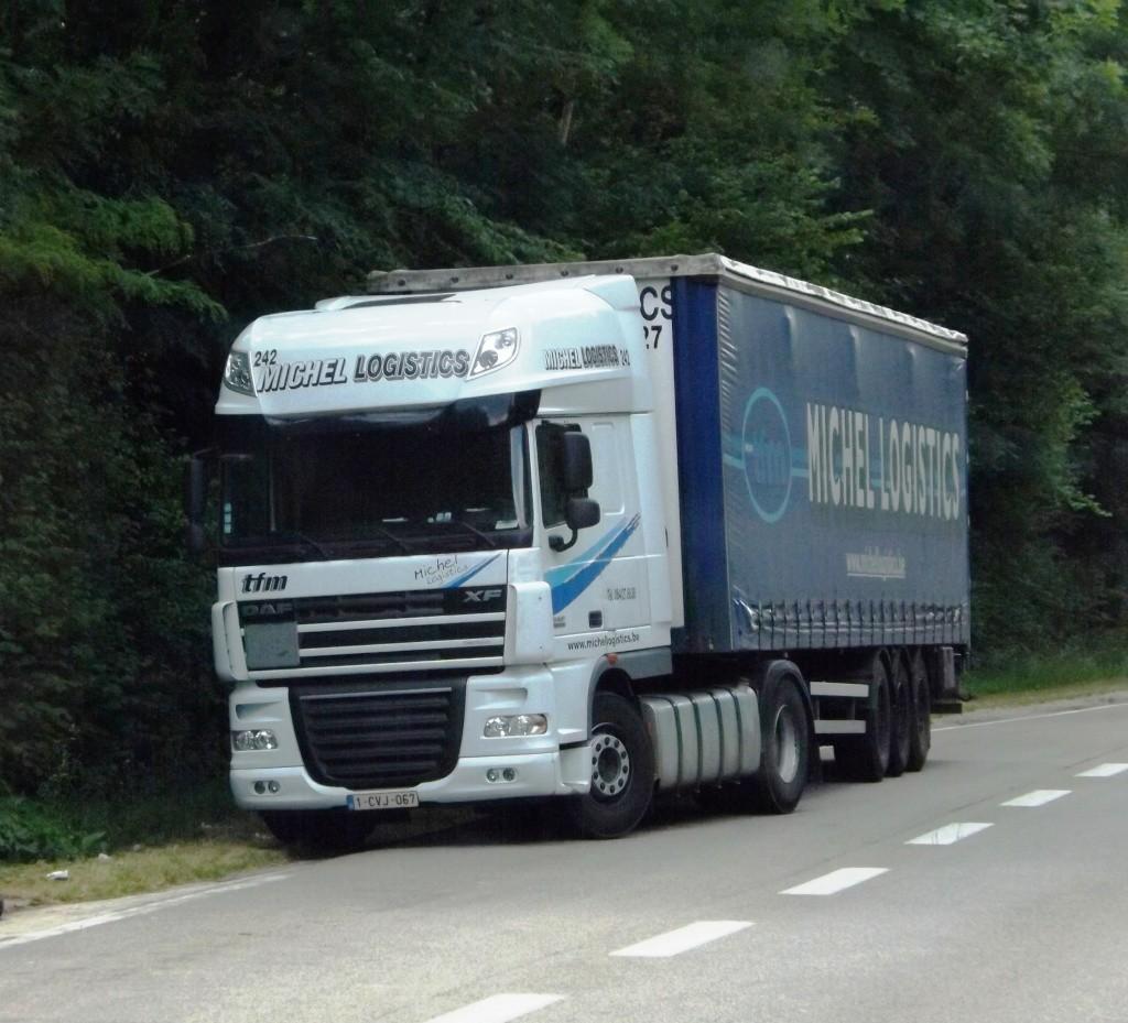 Michel Logistics  (Houdeng-Goegnies) - Page 2 Dscf5022