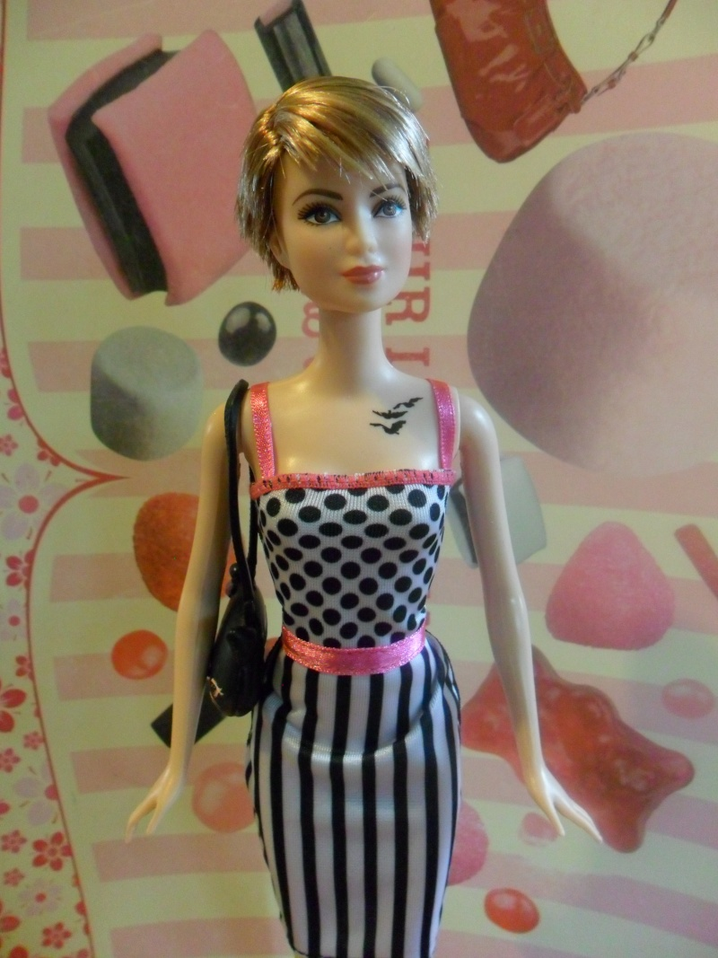Mon premier amour poupesque : Barbie (Fashionistas, Keith Haring, Creatable...) Sam_0114