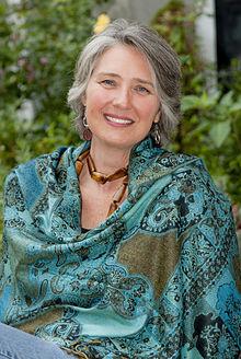 Louise Penny, auteur de romans policiers et mystère Louise10