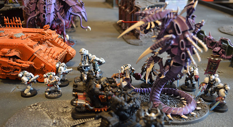 2015.03.27 - Tyranides contre Spaces Marines du Chaos - 4000 pts 1810