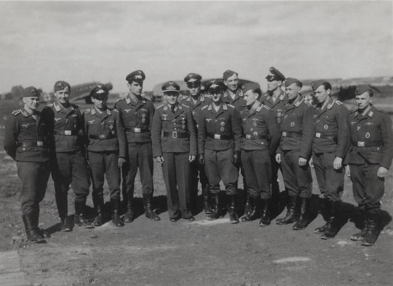 Soldats de la Luftwaffe - Page 7 2213