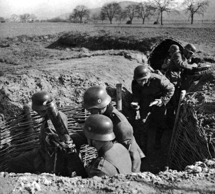Granatwerfer, les mortiers de l'armée allemande. - Page 2 2310