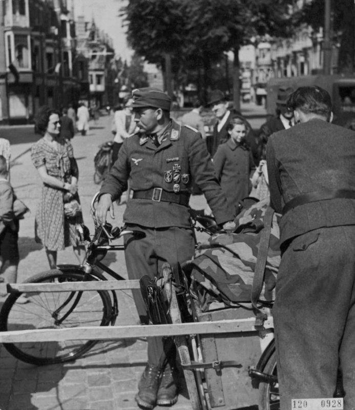 Soldats de la Luftwaffe - Page 7 3a10