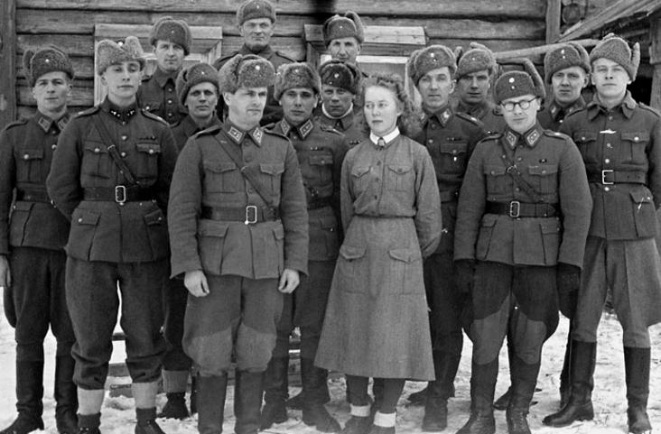 Musée des Blindés de Finlande et autres vestiges de guerre - Page 3 4jdt6110