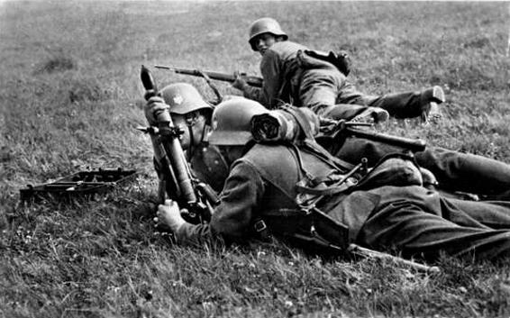 Granatwerfer, les mortiers de l'armée allemande. - Page 2 7210