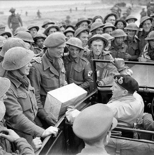 1945, la Wehrmacht et l'armée américaine attaquent l'Union Soviétique ! - Page 4 Brit10