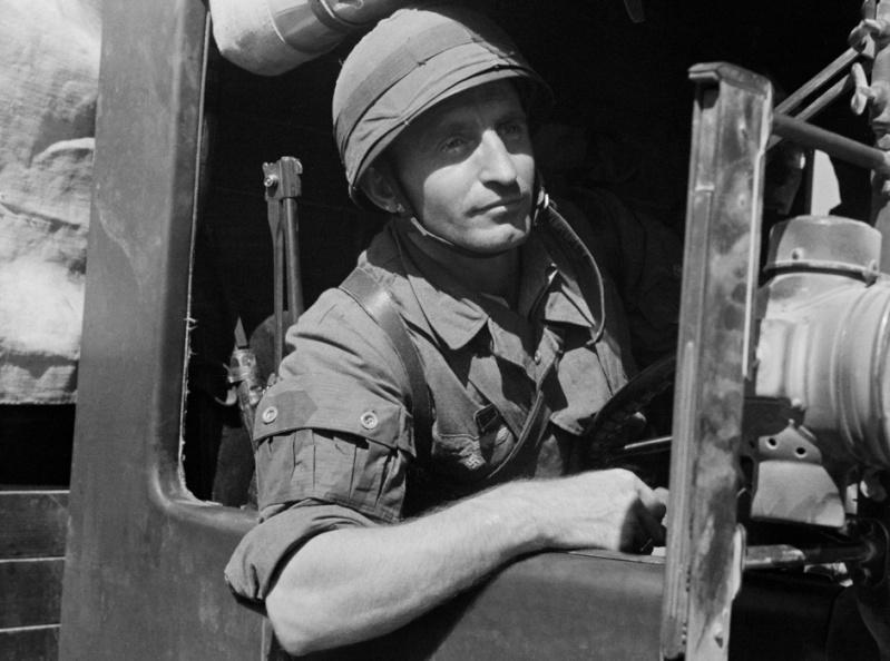 Les troupes de la Luftwaffe en Italie - Page 6 Ed10