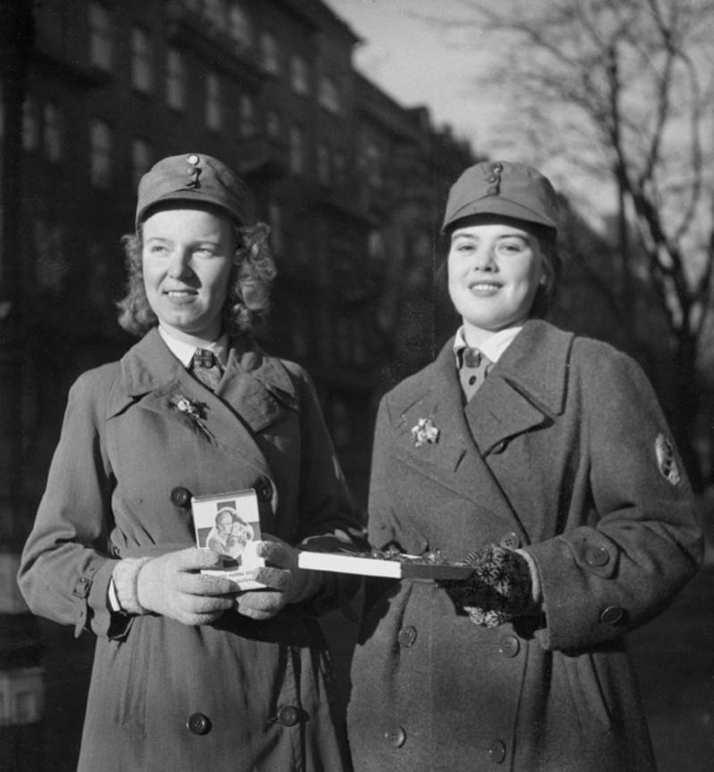 Musée des Blindés de Finlande et autres vestiges de guerre - Page 3 Eds61010