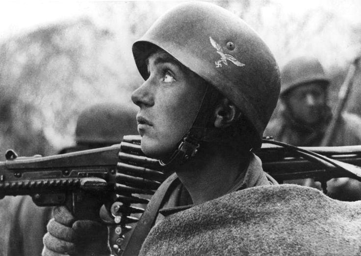 Soldats de la Luftwaffe - Page 7 L110