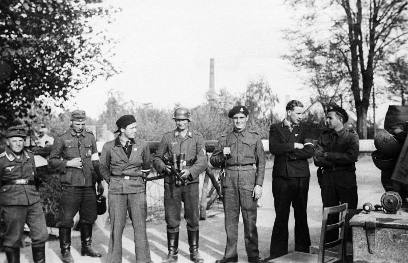 1945, la Wehrmacht et l'armée américaine attaquent l'Union Soviétique ! - Page 5 Mai19410