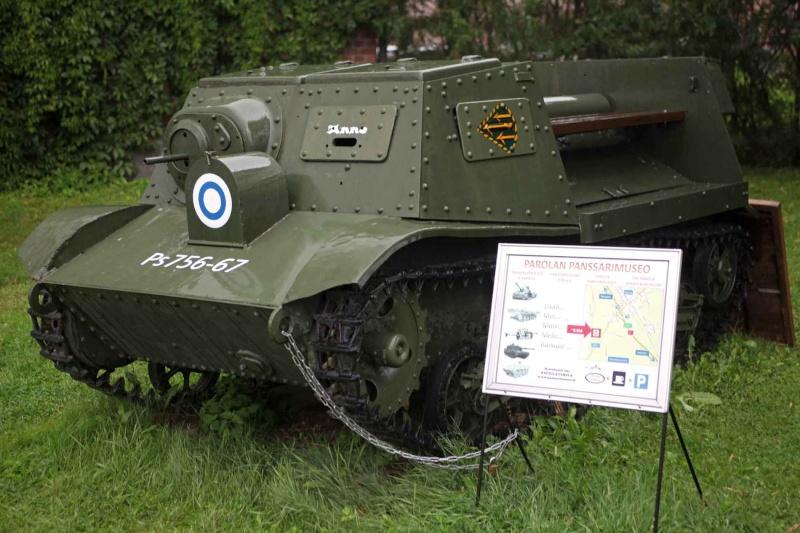 Musée des Blindés de Finlande et autres vestiges de guerre - Page 2 T-20f10