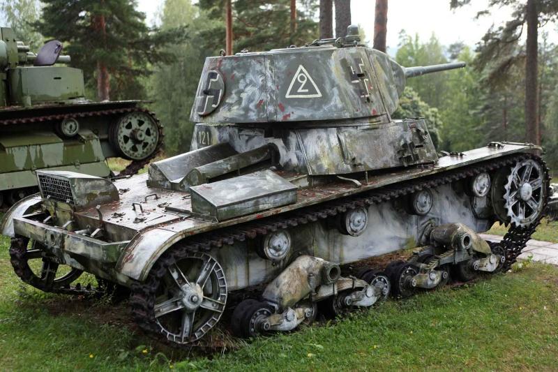 Musée des Blindés de Finlande et autres vestiges de guerre T26210