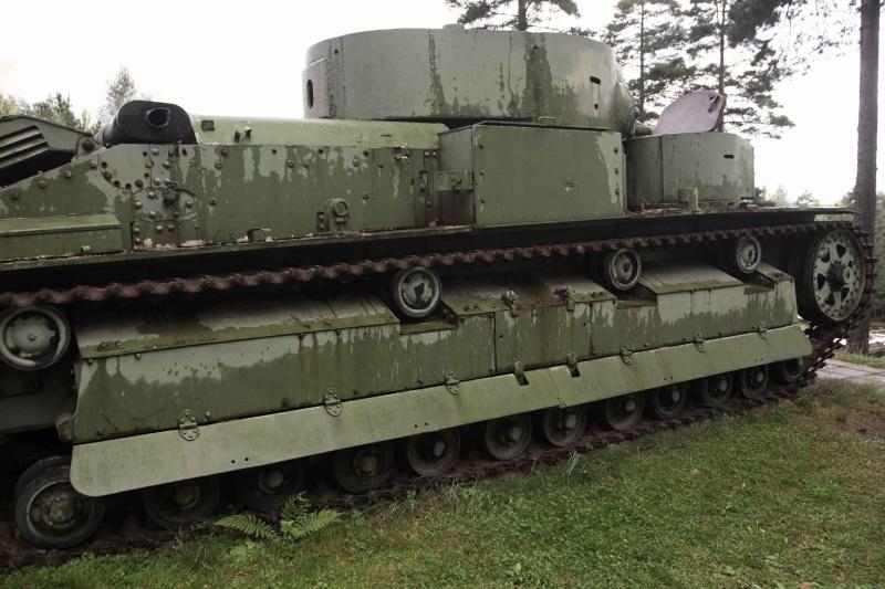 Musée des Blindés de Finlande et autres vestiges de guerre T28110