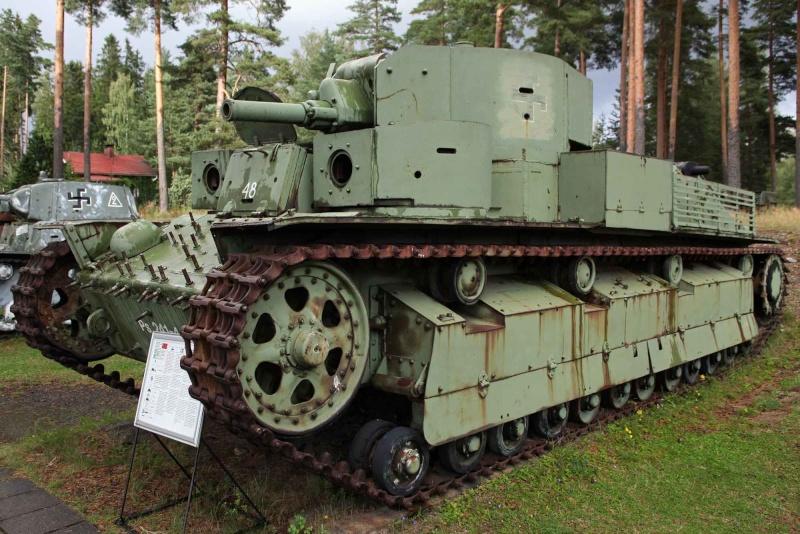 Musée des Blindés de Finlande et autres vestiges de guerre T28210