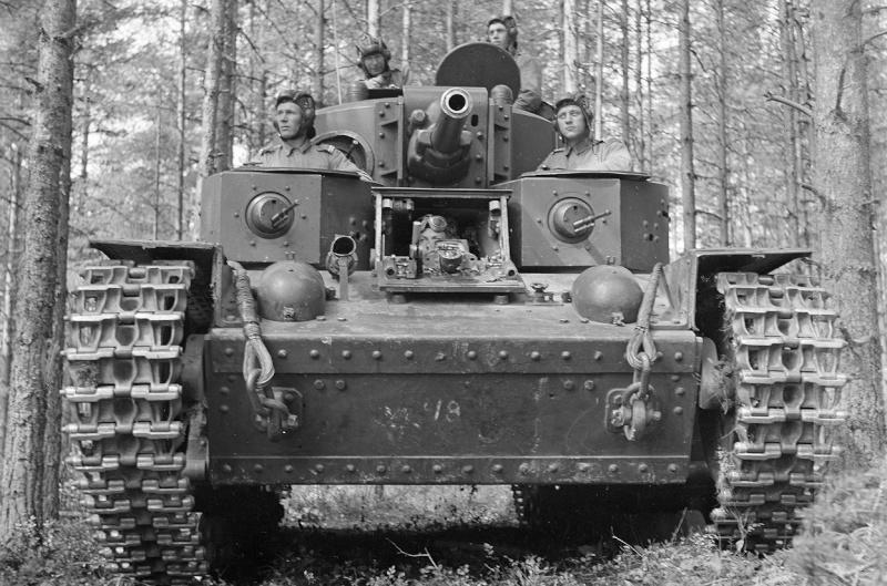 Musée des Blindés de Finlande et autres vestiges de guerre - Page 2 T28a10