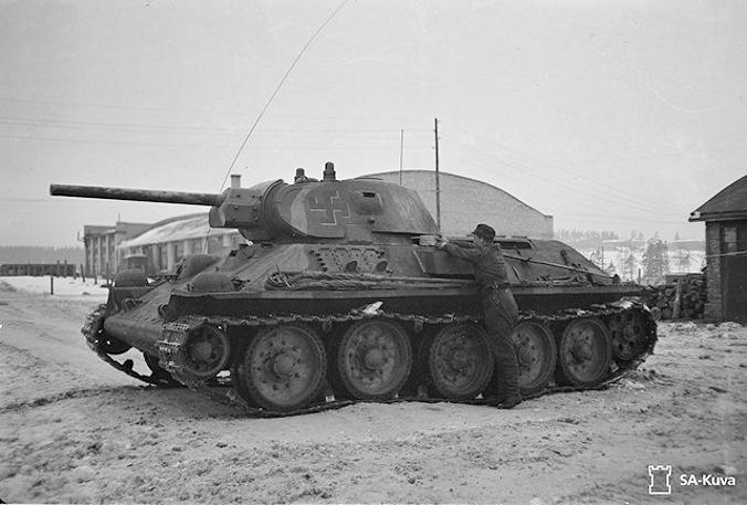 Musée des Blindés de Finlande et autres vestiges de guerre T343110