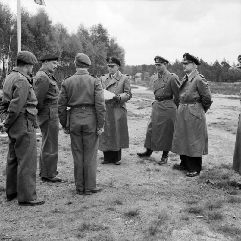 1945, la Wehrmacht et l'armée américaine attaquent l'Union Soviétique ! - Page 4 Timelo10