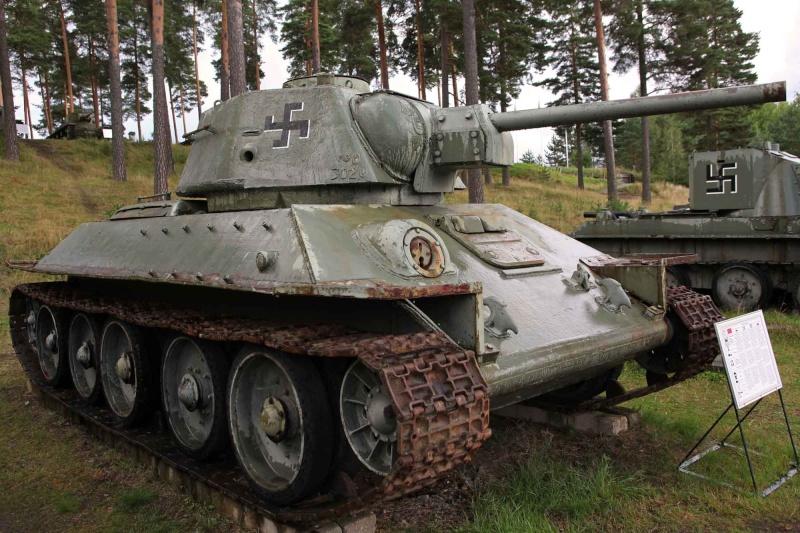 Musée des Blindés de Finlande et autres vestiges de guerre U-rt10