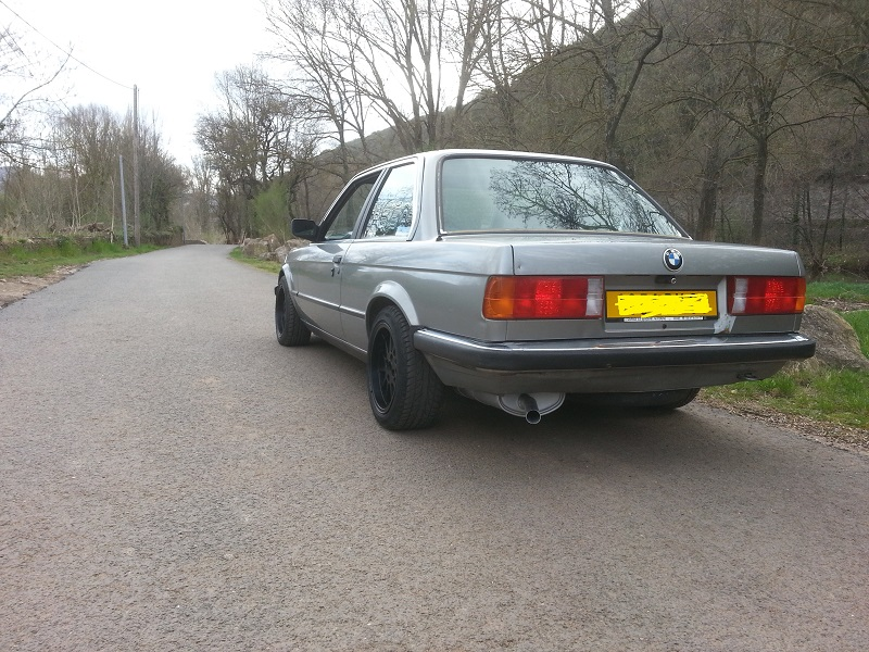 "BMW E30 325E 1986 COUPE BVM ""lachssilber-metallic"" 611"