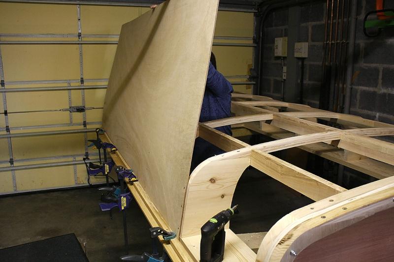[fabrication] Un toit de roulotte de bohème - Page 11 Assist10