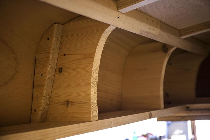 [fabrication] Un toit de roulotte de bohème - Page 11 Rustin10
