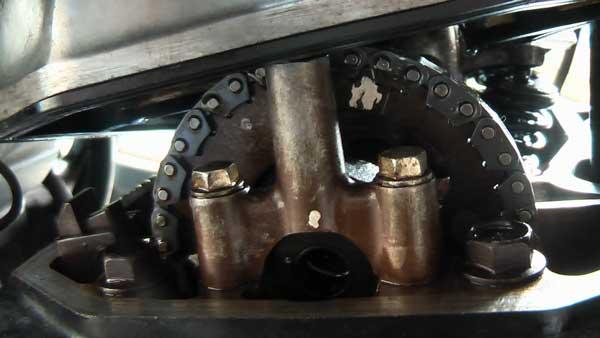 VT500E : vis de réglage soupape écrasée / remplacement culasse 0004a10