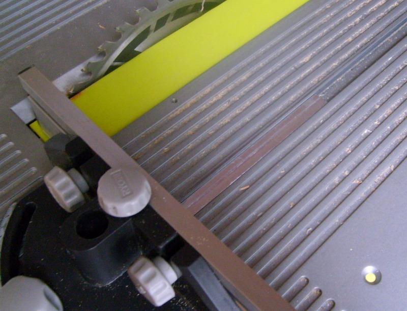 Usinage métaux tendre à la défonceuse, comment faire ? S6300930