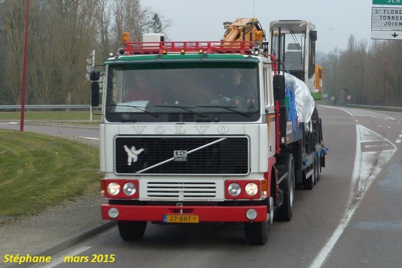 Volvo F 10,12 et 16. - Page 4 P1310426