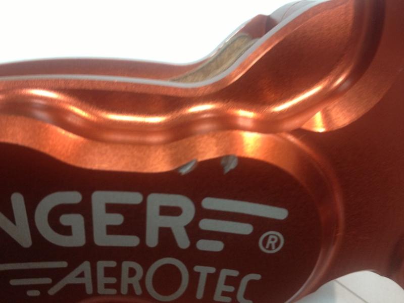 [vds] Etrier 6 pistons Beringer Img_0912
