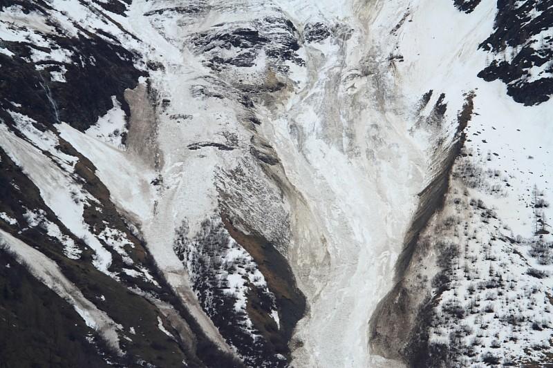 Vos photos et vidéos d'avalanches dans le massif Img_1113