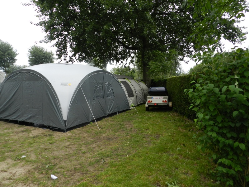 Quechua T6.2 XL & Coleman event shelter 4.5 x 4.5m Dscn0311