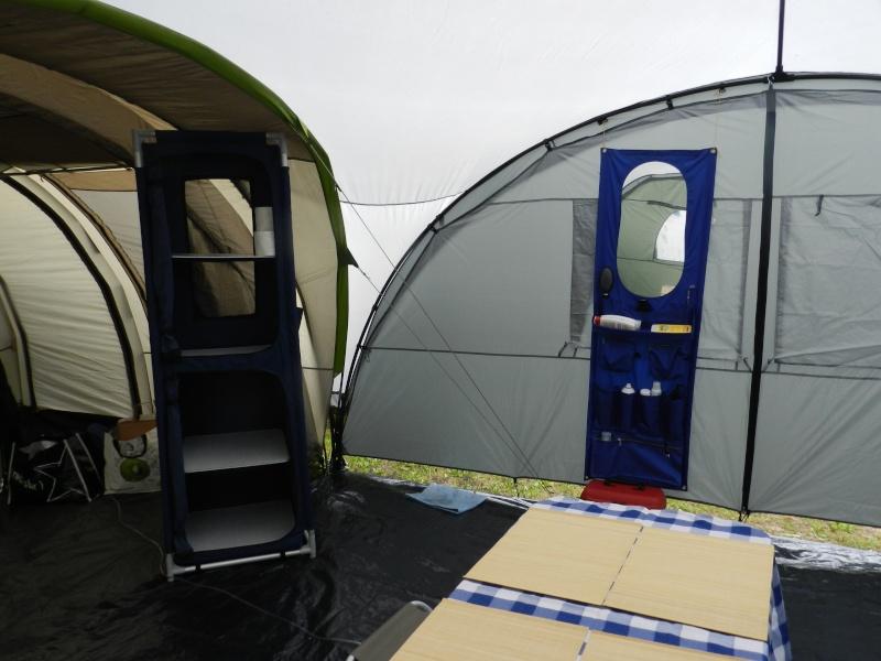 Quechua T6.2 XL & Coleman event shelter 4.5 x 4.5m Dscn0324