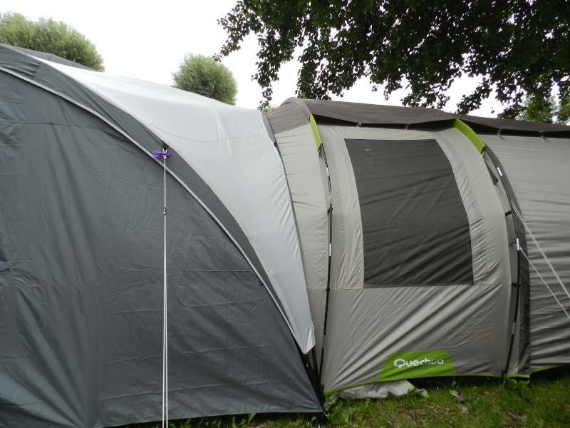 Quechua T6.2 XL & Coleman event shelter 4.5 x 4.5m Dscn0511