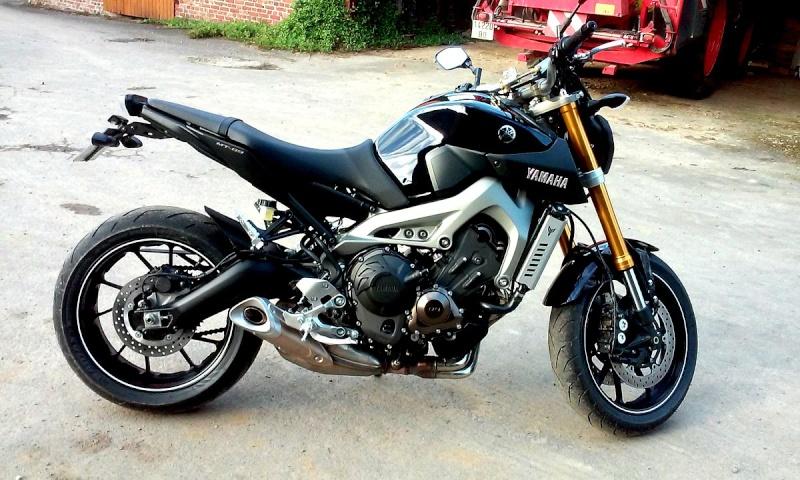 Photos de toutes les Yamaha MT-09 du forum ! :) Y_roma10