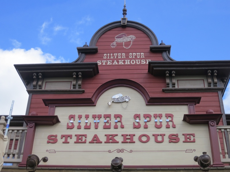 Silver Spur Steakhouse (carte p.7) - Page 6 Img_2310