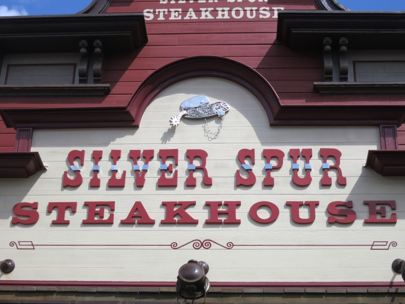 Silver Spur Steakhouse (carte p.7) - Page 6 Img_2311