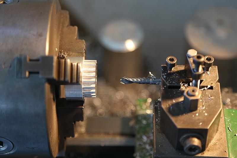 Motorisation table raboteuse (voir p.13) et amélioration R/D Holztech FS320 (première partie)  - Page 37 01_avr18