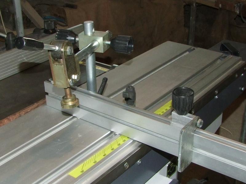 Une presse à excentrique. Dscf4010