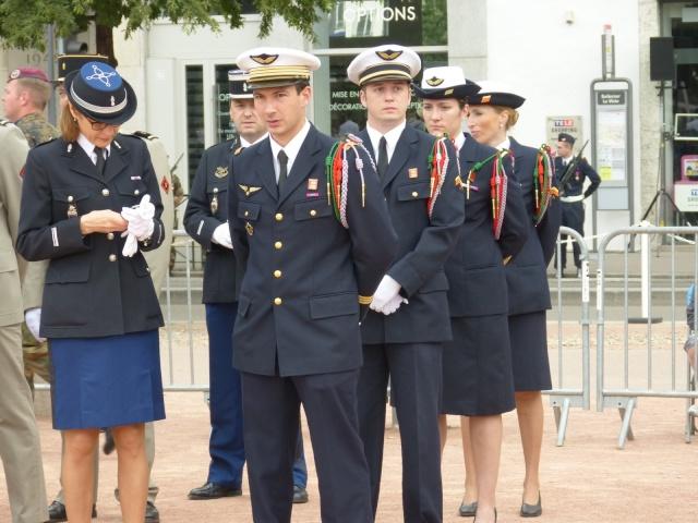 8 mai 2015 remise de la légion d'honneur à M. André Peyronie. 9 mai,  visite de la délégation de l'ambassade de Russie P1040613