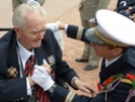 8 mai 2015 remise de la légion d'honneur à M. André Peyronie. 9 mai,  visite de la délégation de l'ambassade de Russie P1040615