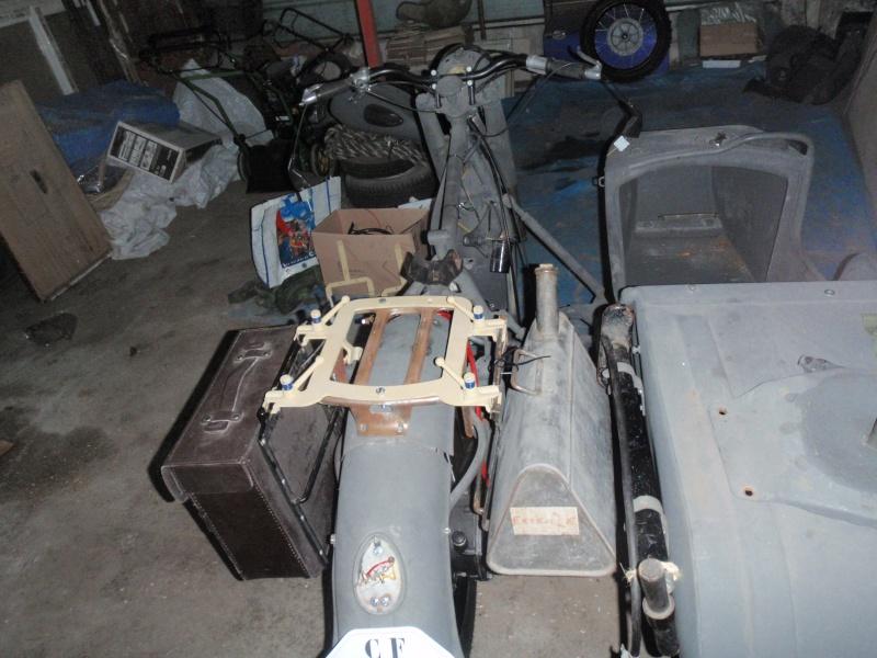 Restauration d'un DNIEPR 750 (BMW R71) - Page 2 P4211111