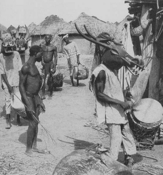 Senufo people, Waanyugo (or Waabele), Helmet Mask,   Korhogo District, Ivory Coast Senufo12
