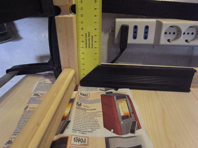 tavolino per bonsai realizzato in economia C110