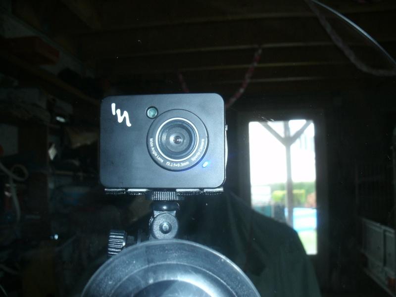 Fixation camera sur parebrise et modèles de caméra Gedc0110