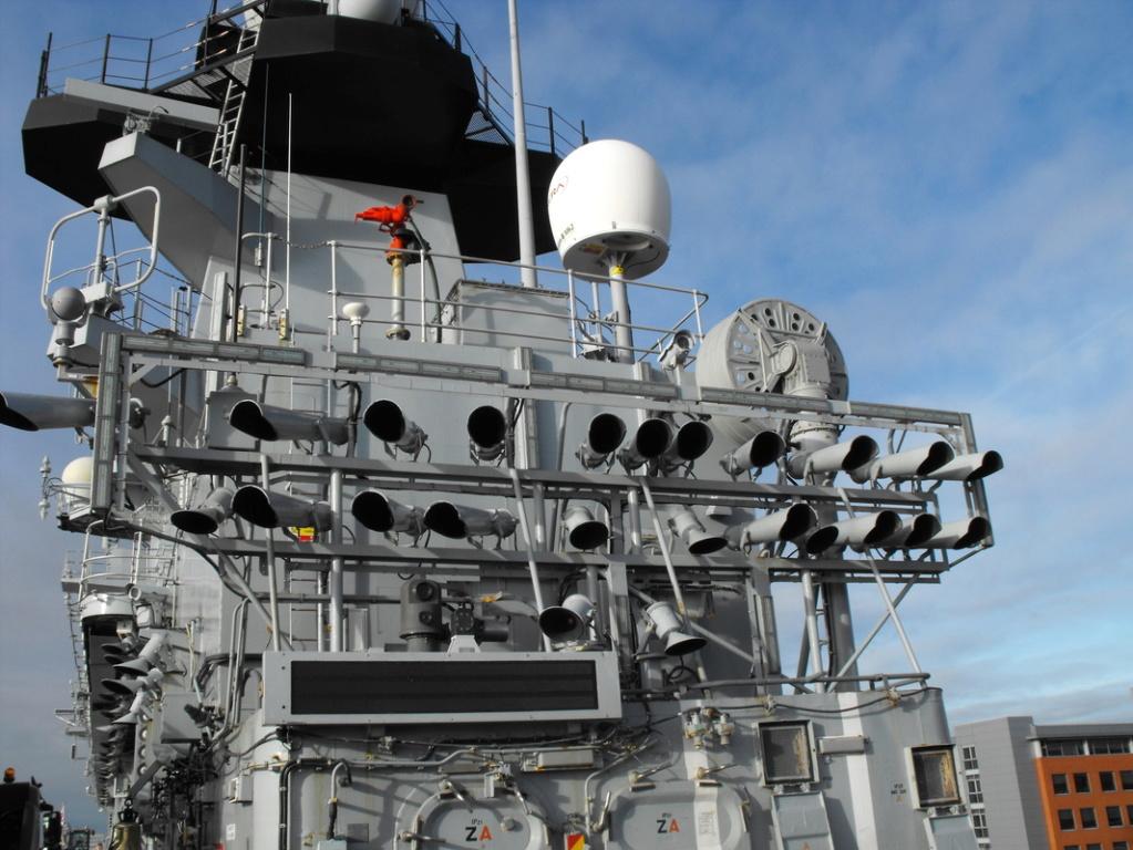 HMS Illustrious (Airfix+PE Eduard et Wem 1/350°) par horos 91425310