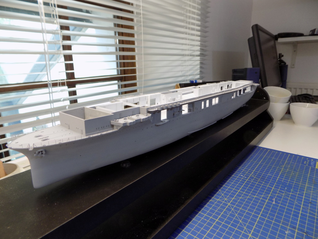 "USS HORNET CV-8 ""Raid on Tokyo"" 1/350 de Trumpeter - Page 5 Dscn1420"
