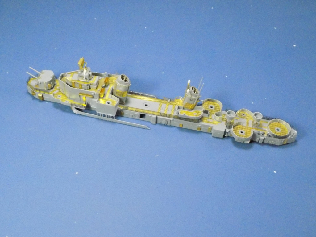 USS Gearing DD-710 1945 Dragon 1/350ème - Page 2 Dscn1529