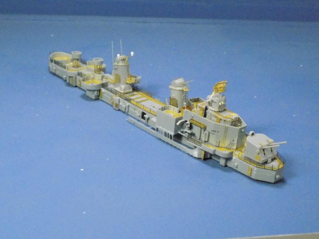 USS Gearing DD-710 1945 Dragon 1/350ème - Page 2 Dscn1532