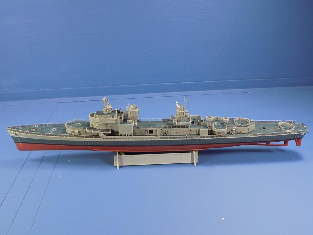 USS Gearing DD-710 1945 Dragon 1/350ème - Page 3 Dscn1542